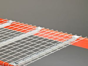 Wire decking for pallet racks simple installation